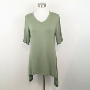 LOGO Layers By Lori Goldstein Green Tunic Top M